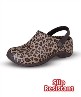 Anywhere Women's Zone Clog in Leopard