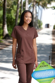 J2206 Jockey V-Neck Zipper Pocket Top
