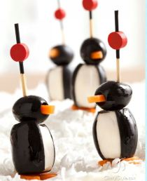 Olive Christmas Penguin Poppers