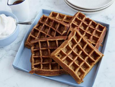 tm1105_gingerbread-waffle-jpg-rend-sni12col-landscape