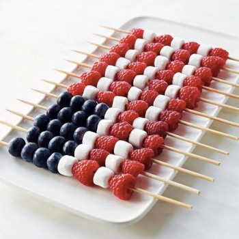low-key-4th-of-july-recipes-that-look-harder-than-they-are-easy-fourth-of-july-recipes-fruit-kebabs-in-american-flag-shape-5735197a4bf0acca5a41399e-w1000_h1000